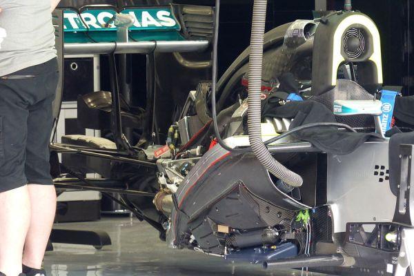Mercedes-Formel-1-GP-Bahrain-Sakhir-3-April-2014-fotoshowBigImage-ffb5e503-769298